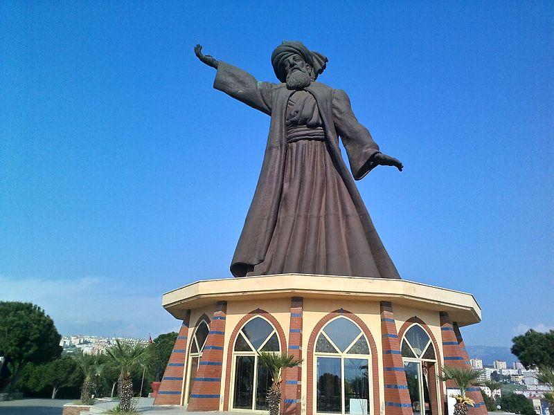 İzmir_Buca_Mevlana_heykeli_ve_mesire_alanı_5.jpg